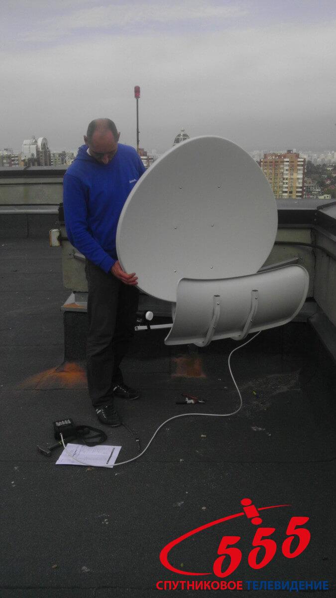 Установка спутниковой тороидальной антенны